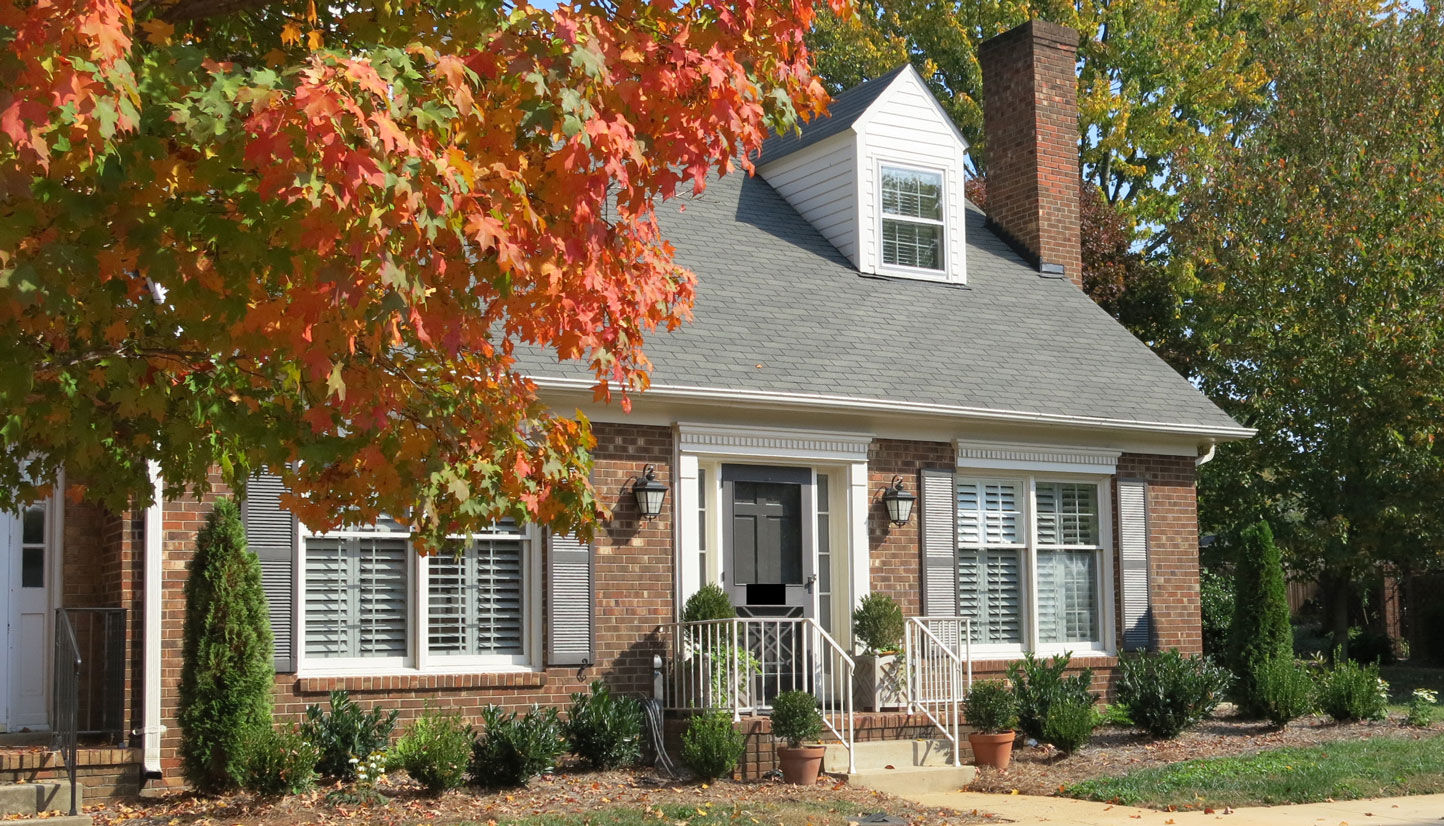 Town home with Fall leaves